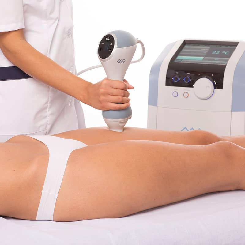 EMTONE® gegen Cellulite in der Klinik Dr. Katrin Müller in Hannover