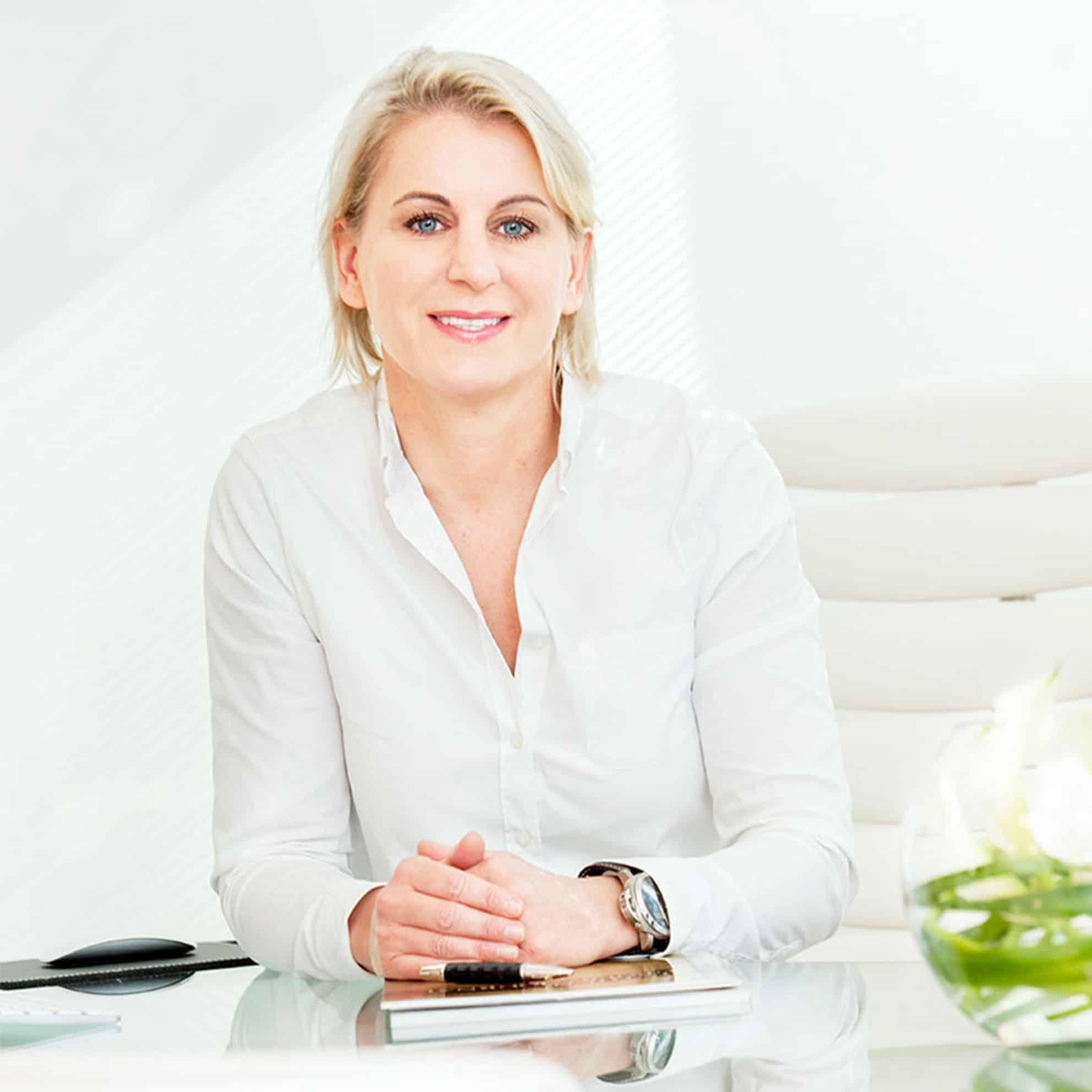 Verkleinerung der kleinen Schamlippen in Hannover bie Dr. med. Katrin Müller